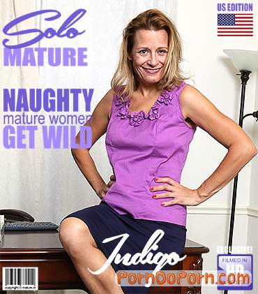 Indigo (47) starring in American housewife playing with herself - Mature.nl, Mature.eu (FullHD 1080p)