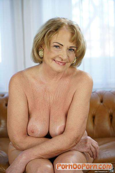 Sally G., Mugur starring in Granny Needs Some Sugar - LustyGrandmas, 21Sextreme, 21Sextury (SD 544p)