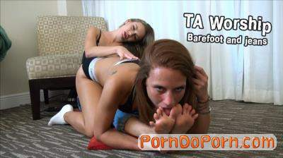 Naomi Swann, Ginger starring in Barefoot and jeans - TAWorship (FullHD 1080p)