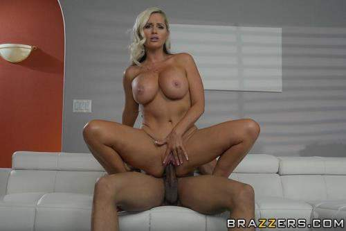 Alena Croft starring in Mommy's Busy - MommyGotBoobs, Brazzers (HD 720p)