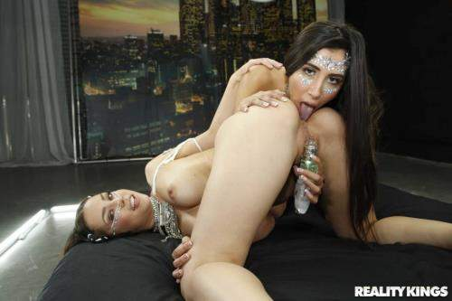 Alina Lopez, Gianna Dior starring in No Filter - WeLiveTogether, RealityKings (SD 432p)