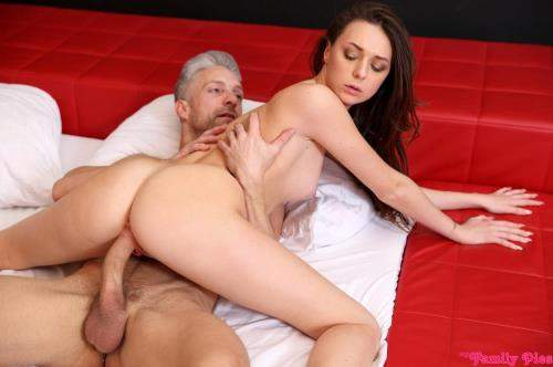 Isabella De Laa starring in Step Dad Steps In - MyFamilyPies, Nubiles-Porn (FullHD 1080p)