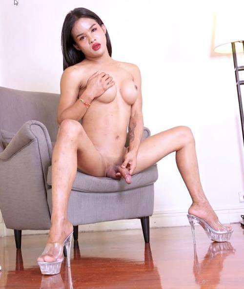 Emma starring in So Sexy And Pretty Emma! - Franks-TGirlWorld (FullHD 1080p)
